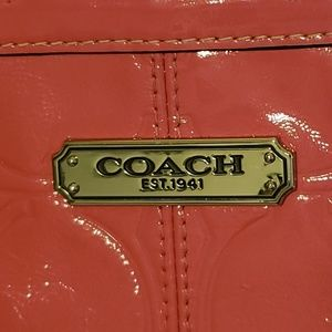 Coach Bags - Coach Gallery Embossed Patent Leather Zip Tote